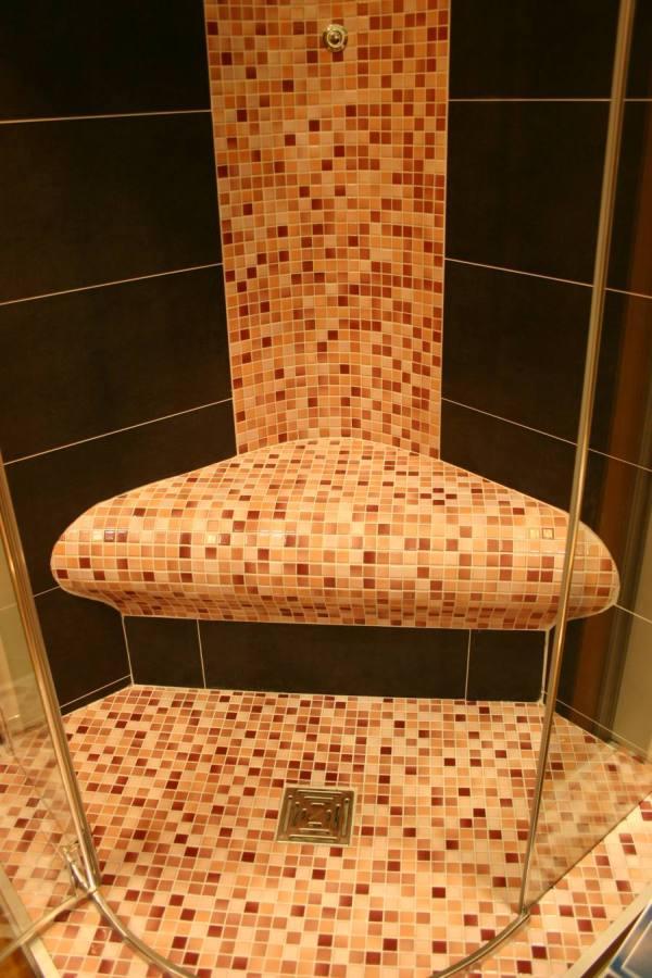 soleum sitz die behindertengerechte dusche 1. Black Bedroom Furniture Sets. Home Design Ideas